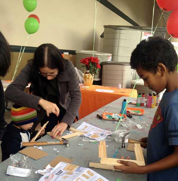 kids-workshop-homedepot.jpg
