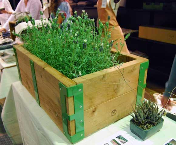 modern-garden-box.jpg