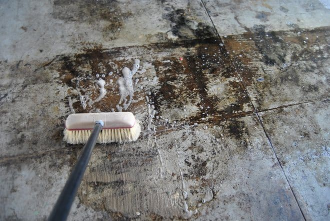 Rust-Oleum-EpoxyShield-Garage-Floor_0073