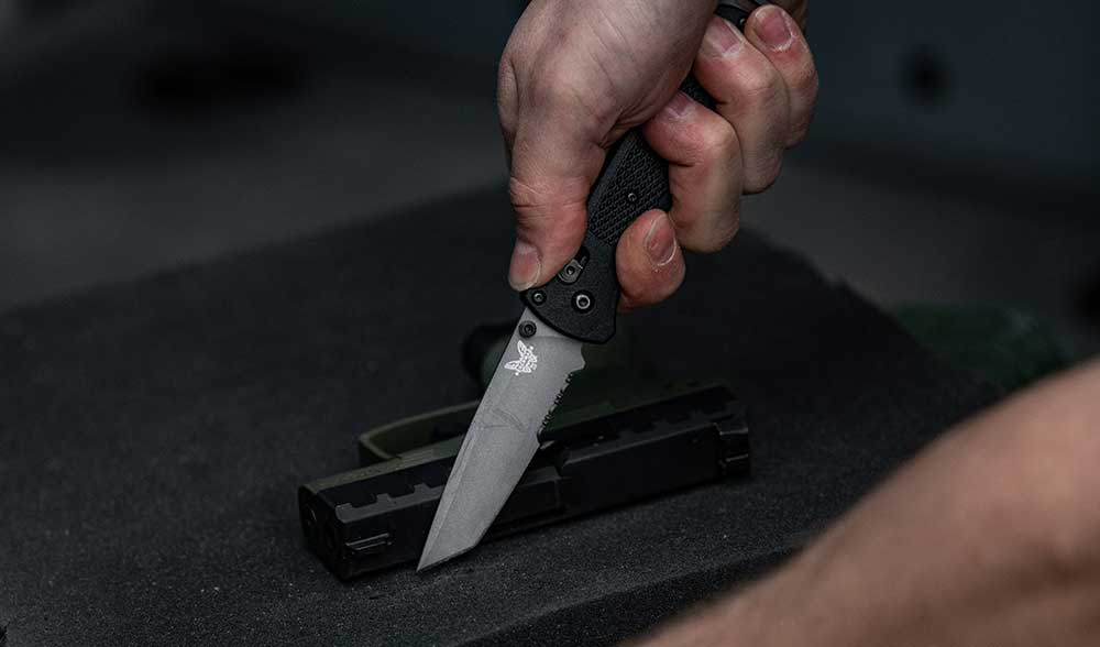 benchmade-bailout