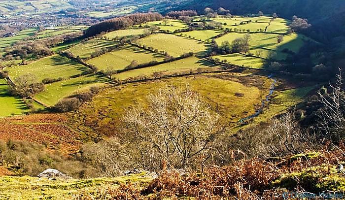 View onto Wen Ddu from Mynydd Llangatwg, Powys, photographed by Charles Hawes