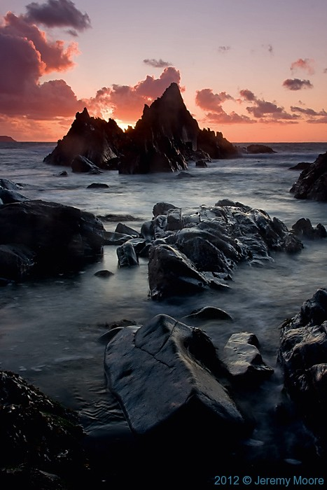 Sunset at Traeth Llyfn, Abereiddi, Pembrokeshire, photographed by Jeremy Moore in Wales at the Water's Edge