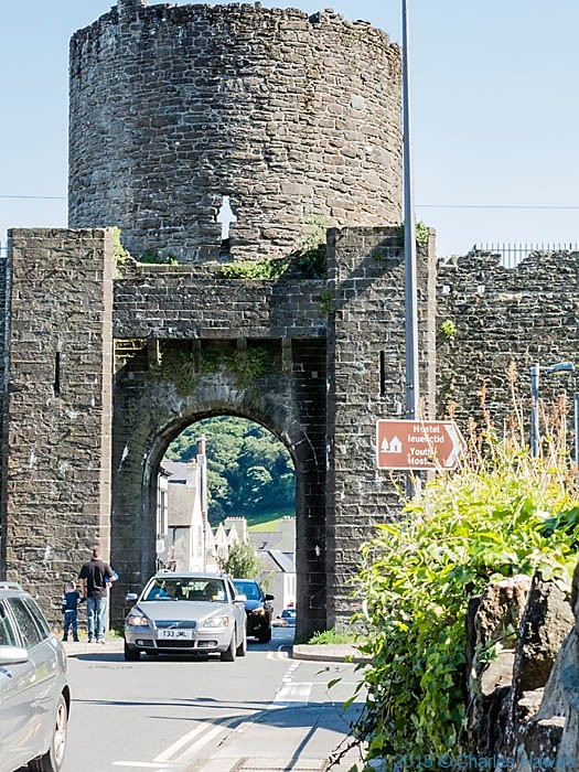 Conwy town walls, photographed by Charles Hawes