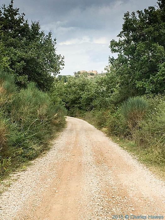 Gavel road near Vitaleta, Pienza, photographed by Charles Hawes