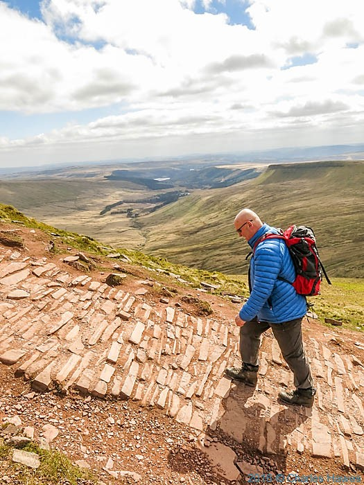 Path between Corn Du and Pen y Fan, photographed by Charles Hawes