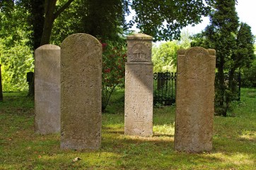 cemetery-842991_1920