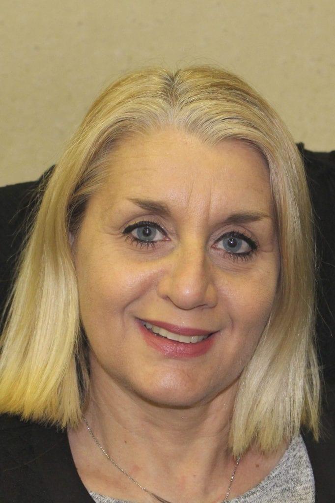 Sylvie Mirlocca, Comptable