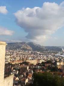 Vue de Notre Dame de la Garde vers l'Orange Vélodrome