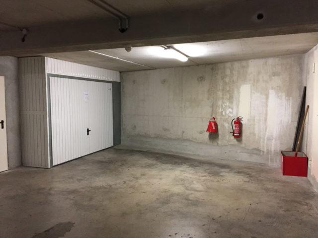 Box garage louer quartier breteuil marseille offre for Box garage a louer creteil