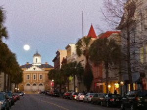 full-moon-broad-street-charleston-sc