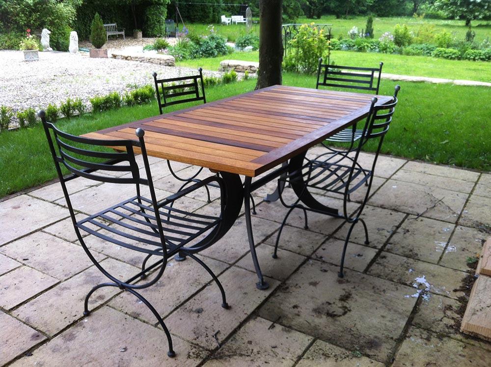 charlie-caffyn-designs-iroko-garden-table