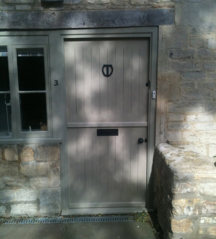 charlie-caffyn-designs-solid-pine-stable-door