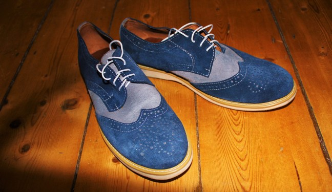 blue brogues tailoring in hoi an