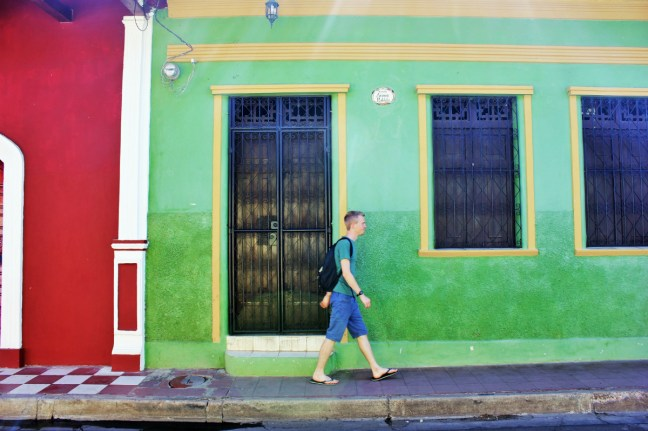 Luke walks streets of Granada Nicaragua - how not to get robbed - Charlie on Travel