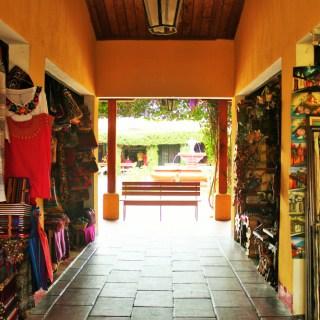 Artisan market Antigua Guatemala - Charlie on Travel