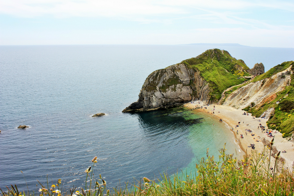 Durdledoor England & The Coastal Path from Lulworth Cove to Durdle Door   Charlie on Travel pezcame.com