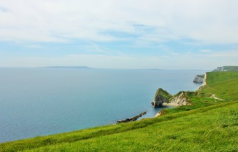 Lulworth Cove England Durdledoor - Charlie on Travel