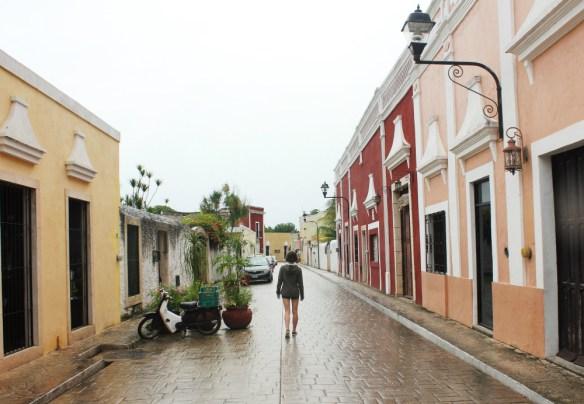 Charlie on Calzada de los Frailes Valladolid Mexico - Charlie on Travel