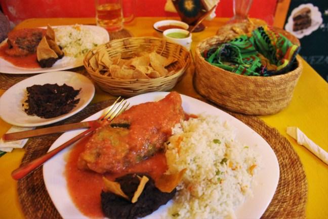 san-cristobal-de-las-casas-mexico-vegetarian-chilli-rellenos-charlie-on-travel