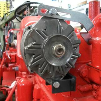 Delco 10SI will fit under the hood on I-300