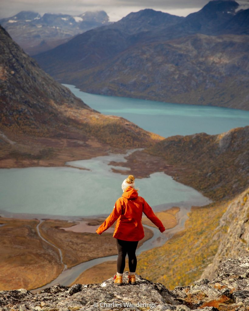 Knutshøe Hiking Trail in Jotunheimen National Park in Norway