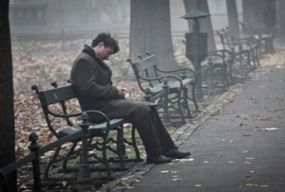 Nie jeden raz człek tak się budził. Ach ten magiczny Kraków... Pod Mocnym Aniołem Fot. kino świat / jacek drygała