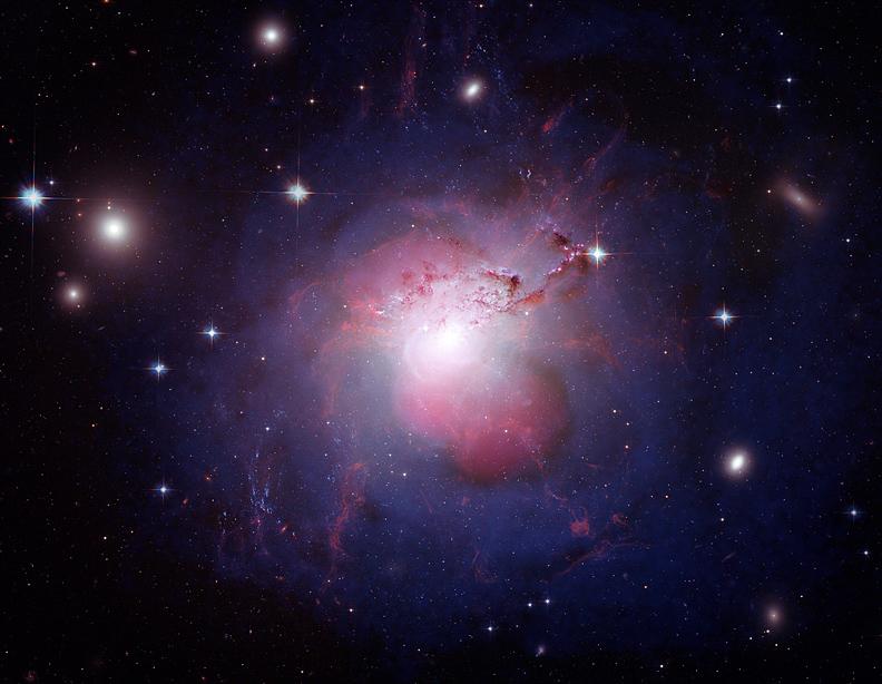 Piękne te galaktyki. Piękne i tak oddalone... Źródło: https://www.flickr.com/photos/nasamarshall/3929624300/in/photostream/