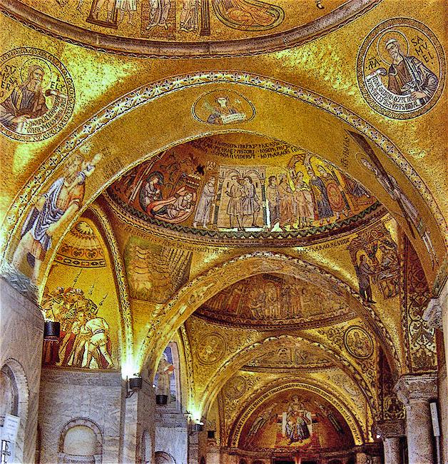 Sklepienie weneckiej bazyliki św. Marka. Źródło: https://en.wikipedia.org/wiki/Byzantine_art#/media/File:Veneza118.jpg