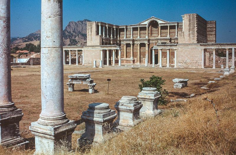 Synagoga Sardis - także w Turcji. Źródło: https://flic.kr/p/nV64wT