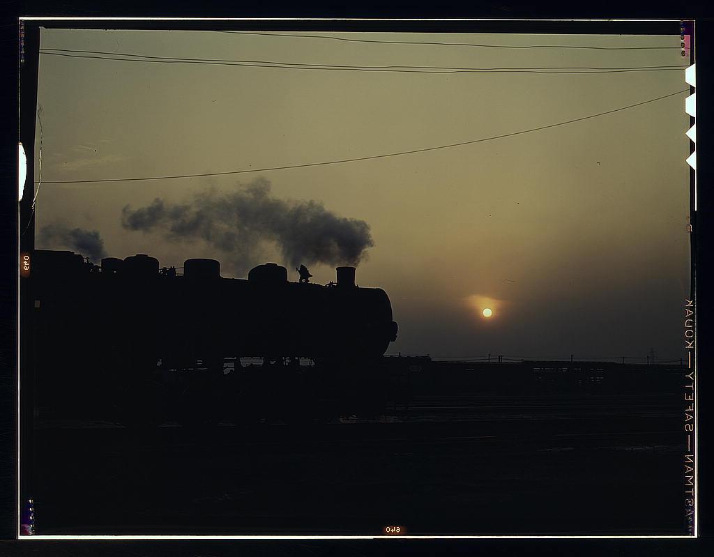 """Ważnym elementem w opowiadaniu """"Czerwona mgła"""" są pociągi i linia kolejowa. Źródło: https://flic.kr/p/4juUwr"""