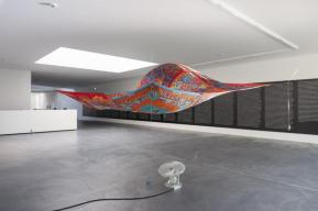 superflex_supercopy_haacke_hermes_2015_silk_scarfs_electrical_fan_courtesy_von_bartha_basel_2__large