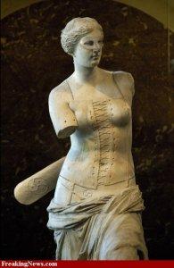 Dressed-Venus-de-Milo