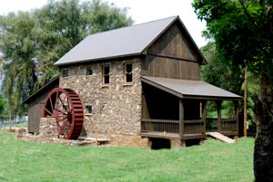 Rock mill and mill wheel
