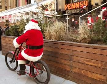 Santas In New York