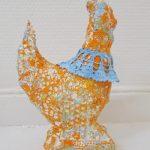 hen sculpture