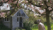 Where writers write: Virginia Woolf's writing room