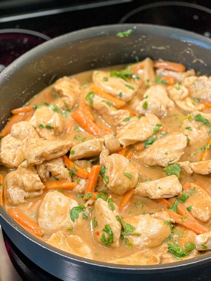 Easy Thai Chicken Pasta process