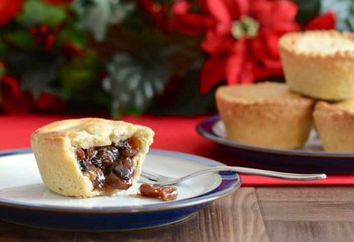 Traditional Deep-Filled Mince Pies