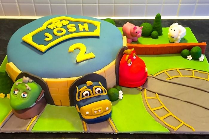 Birthday Cake Allinone Vanilla Sponge Charlottes Lively Kitchen - Chuggington birthday cake