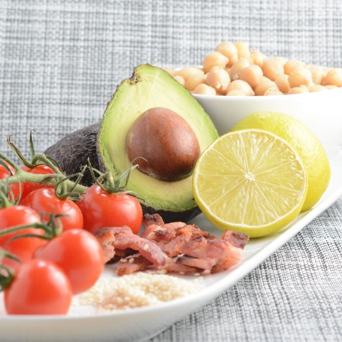 chickpea bacon avocado salad ingredients