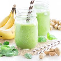 Banana-Green-Smoothie-8