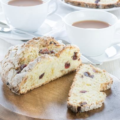 Marzipan-Cherry-Soda bread-8