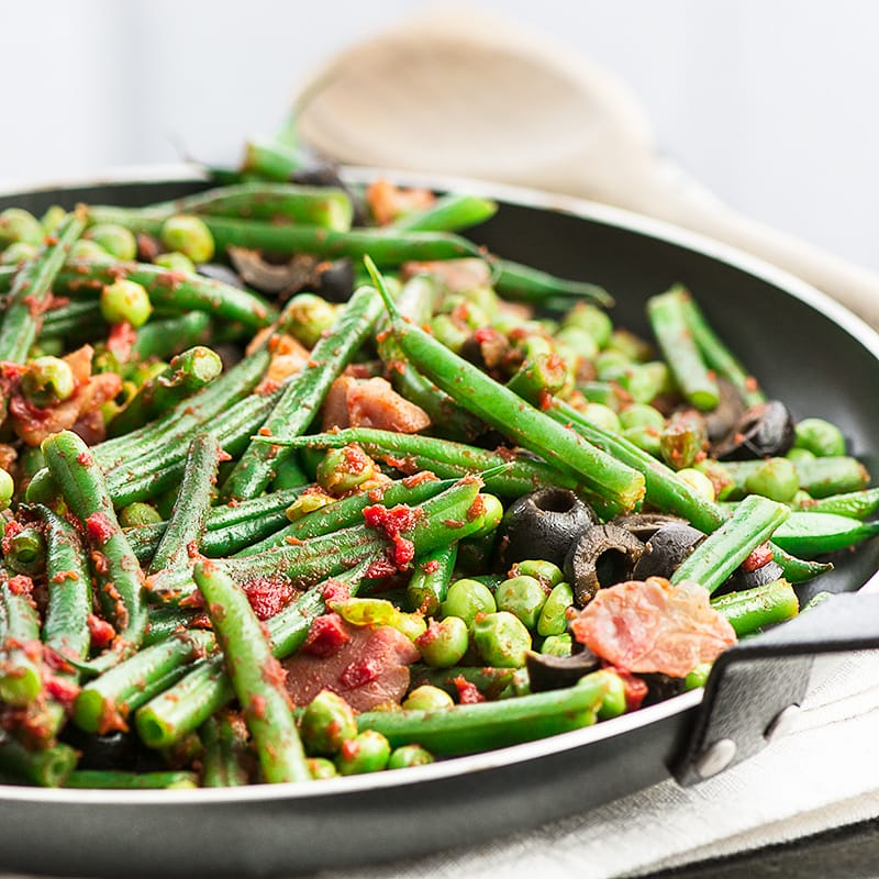 Green beans in a pan