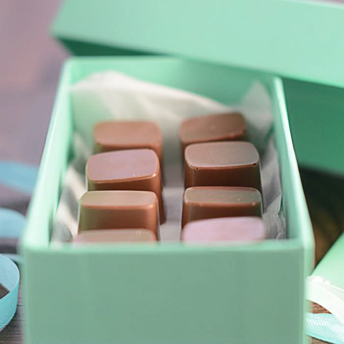 How to make caramel filled chocolates - Perfect as a gift or simply an indulgent treat for yourself. Find out how to make them yourself with this step-by-step tutorial.