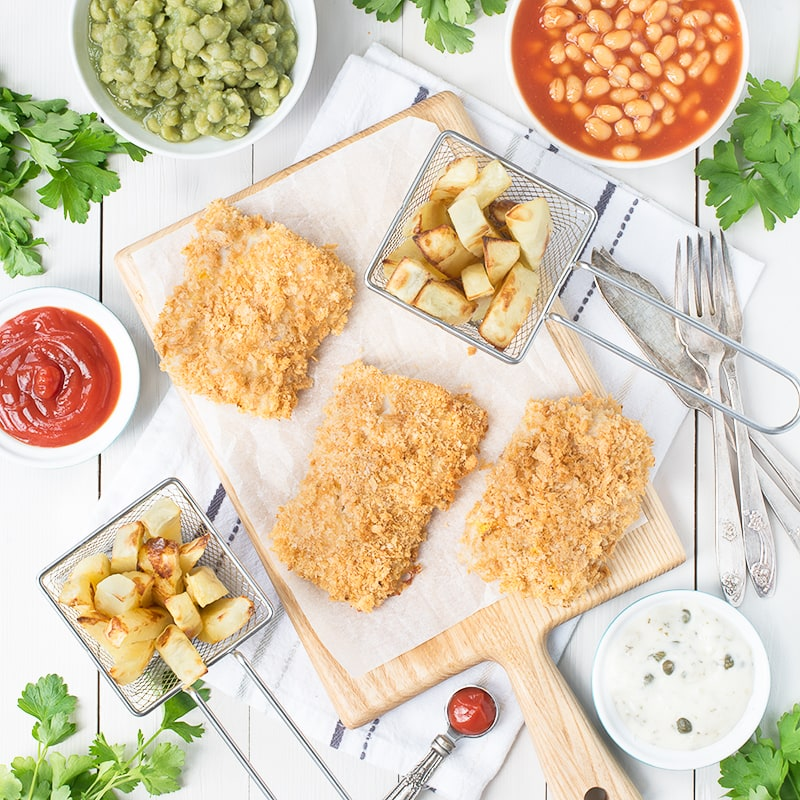 Delicious cod in a cripsy lemon coating with soft, yet crunchy chips all made in one tray. The perfect way to celebrate the RNLI fish supper.