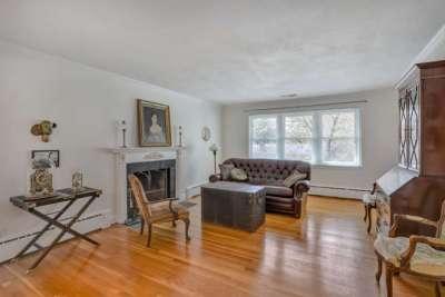 Living Room of 1435 Kenwood Lane Home