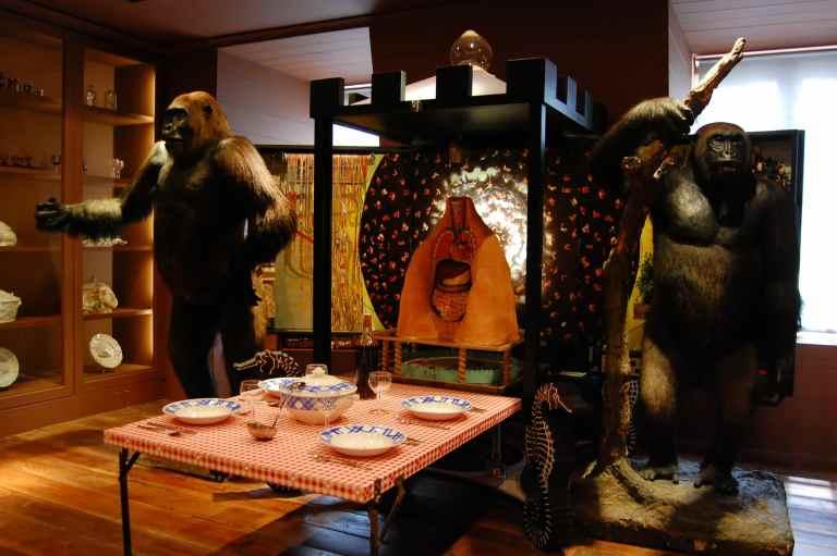 Musée de la Chasse et de la Nature Ape Installation