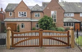 Farleigh Driveway gate