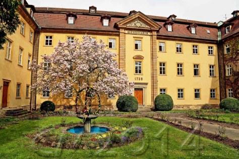 Osterbrunnen1_wz, Autor: Charlotte Moser