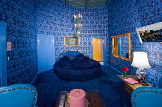 カリフォルニア州マドンナインホテルのVousルーム